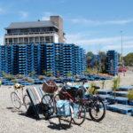 Pallet-pavilion-with-bikes